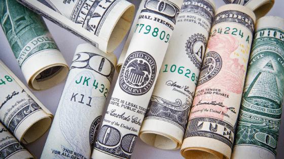 海外旅行に必須の持ち物③:現金