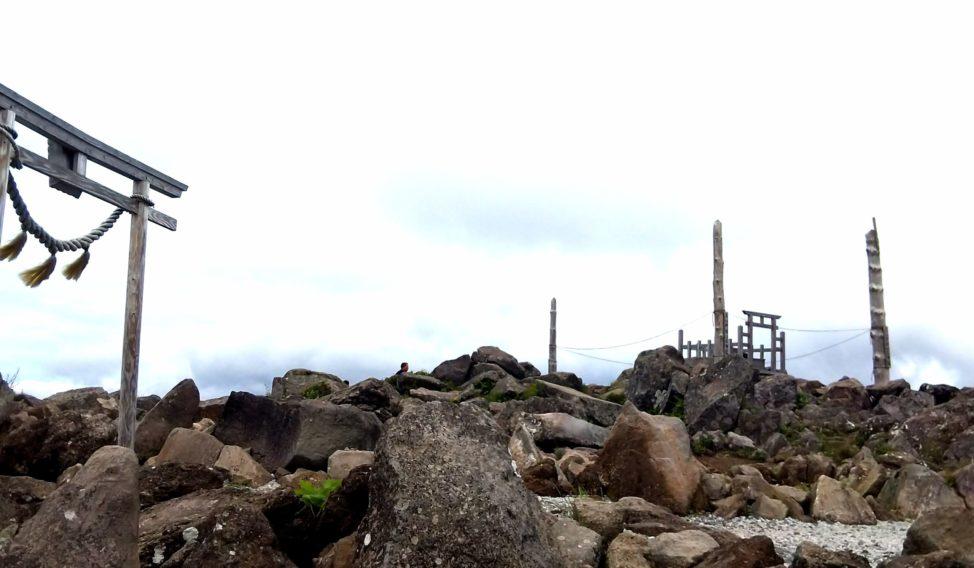 車山神社と天空の御柱
