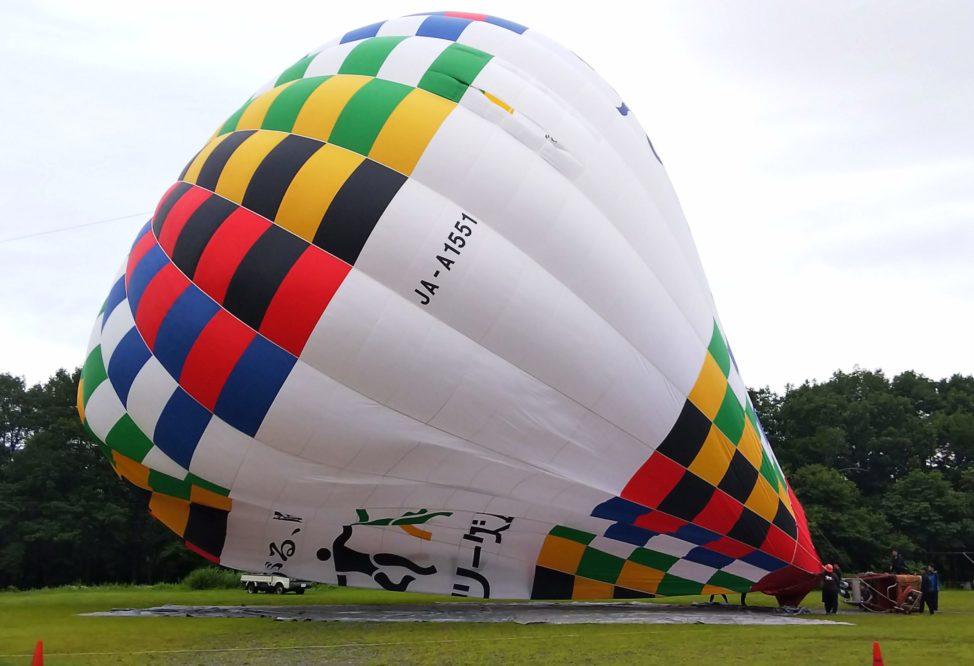 長野県・白馬での熱気球体験で上空30mに浮遊