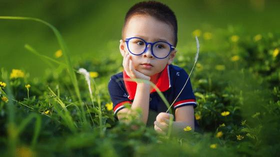 意外と忘れがちな必需品⑧:コンタクト・メガネ