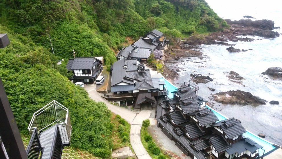 【聖域の岬と青の洞窟】能登半島のがっかりスポットを写真と動画で紹介